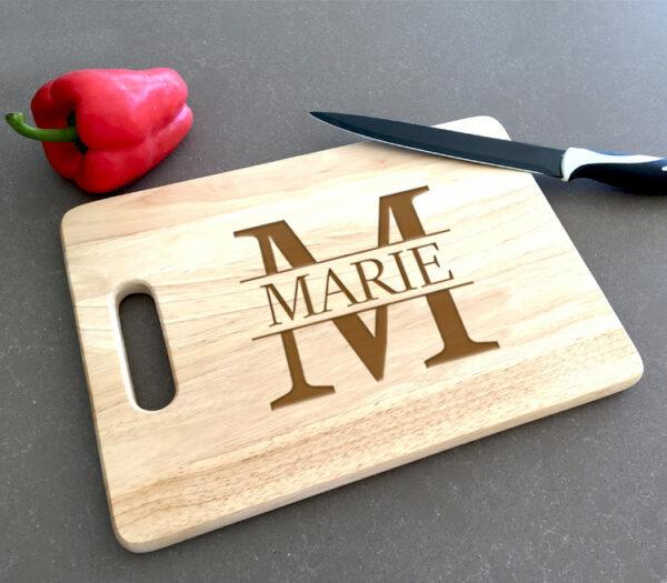 Kraamcadeau met naam - snijplank graveren met naam - snijplank met naam - origineel kraamcadeau
