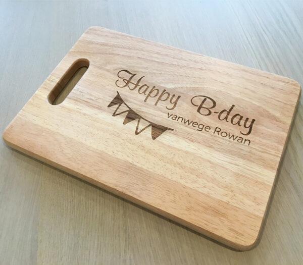 Origineel verjaardagscadeau - Snijplank met naam - Snijplank met gravure - Gegraveerde snijplank met naam