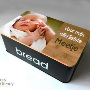 Broodtrommel met foto als origineel geschenk voor meter en peter