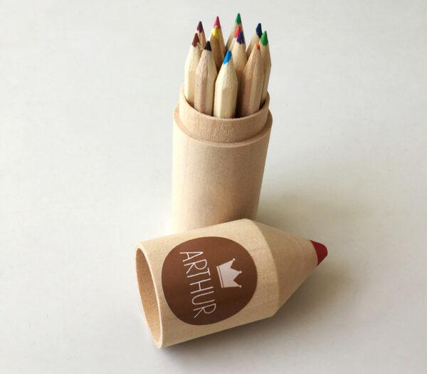 Originele doopsuiker - houten potloodkoker met tekst of foto als unieke doopsuiker