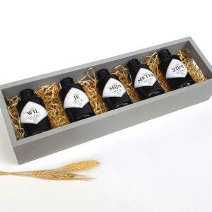 Gin cadeau - Gin personaliseren - Mini ginflesjes met naam personaliseren drankcadeau