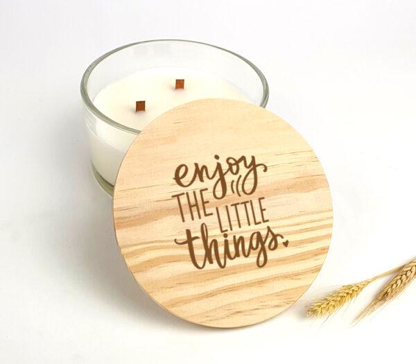 Gepersonaliseerde geurkaars als origineel Kerstcadeau - Enjoy the little things